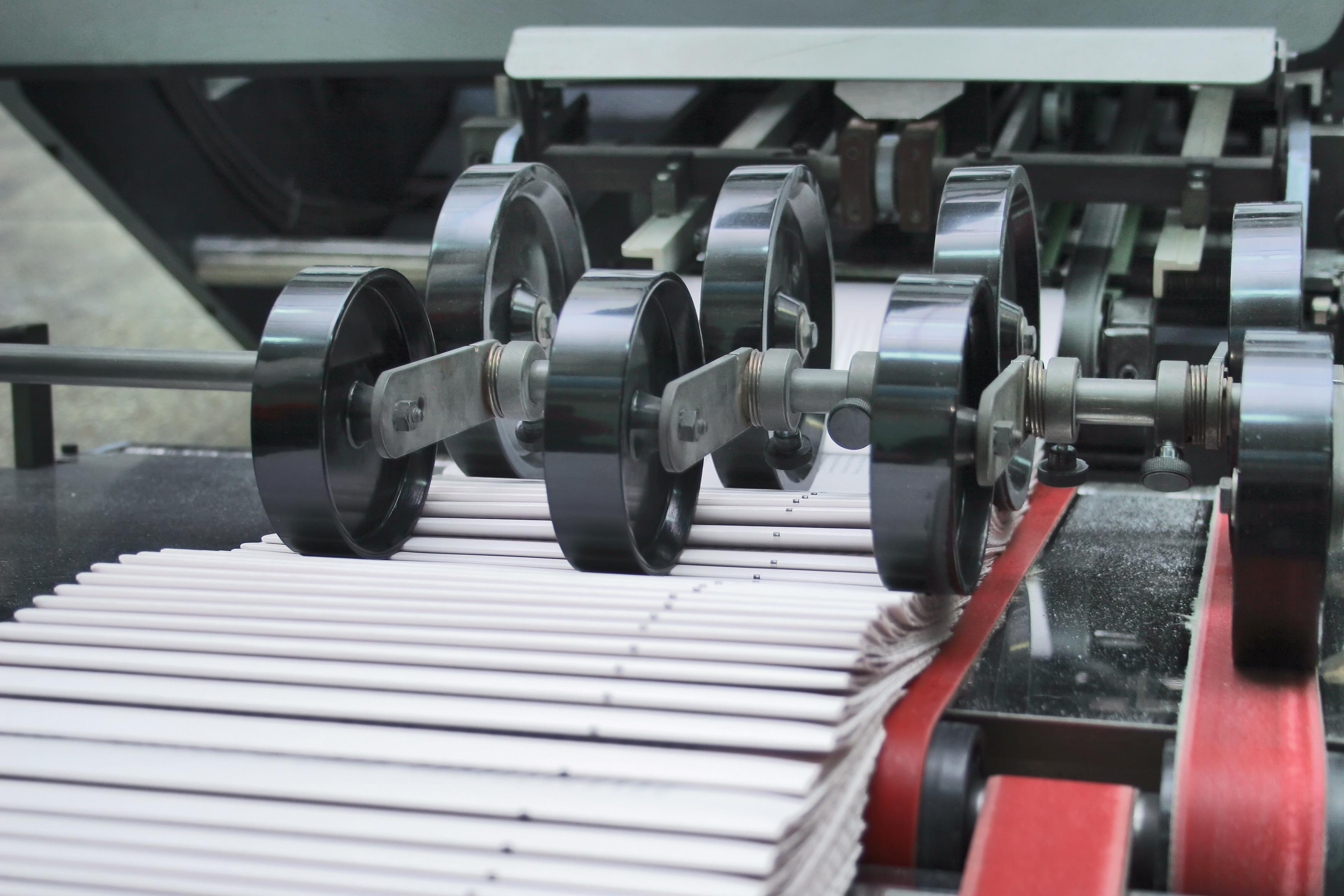 imprimer des brochures agrafées, dos collées  avec l'Imprimeur et livraison sur département de la Marne (49) avec notre Imprimerie en ligne la livraison est gratuite sur le 51