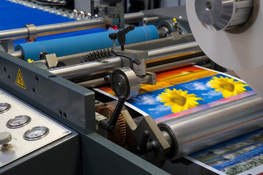 imprimeur affiches et livraison gratuite sur le département de la Maine et Loire(49) avec des tarifs parmi les plus bas d'Erope, Vous pourrez facilement mettre vos affiches A3 dans les magasins sur le département de la Maine et Loire(49)